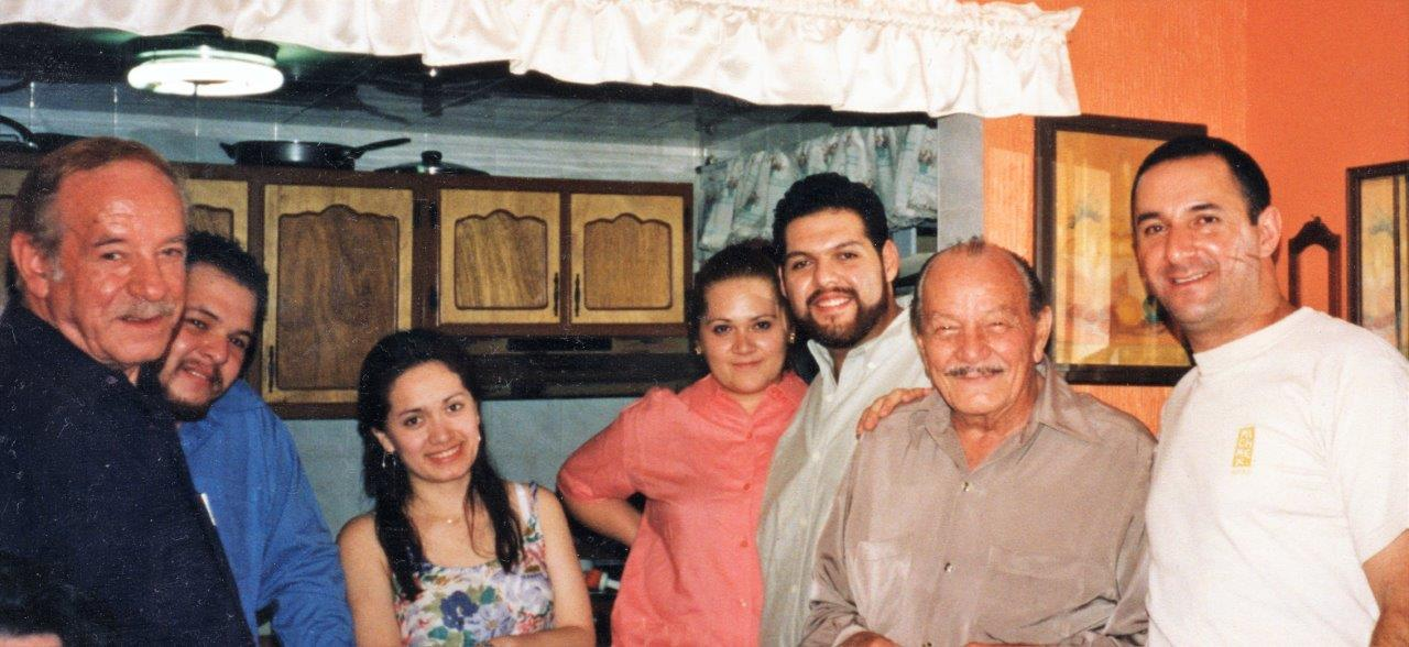 Celebración Del Día Del Padre, 2001
