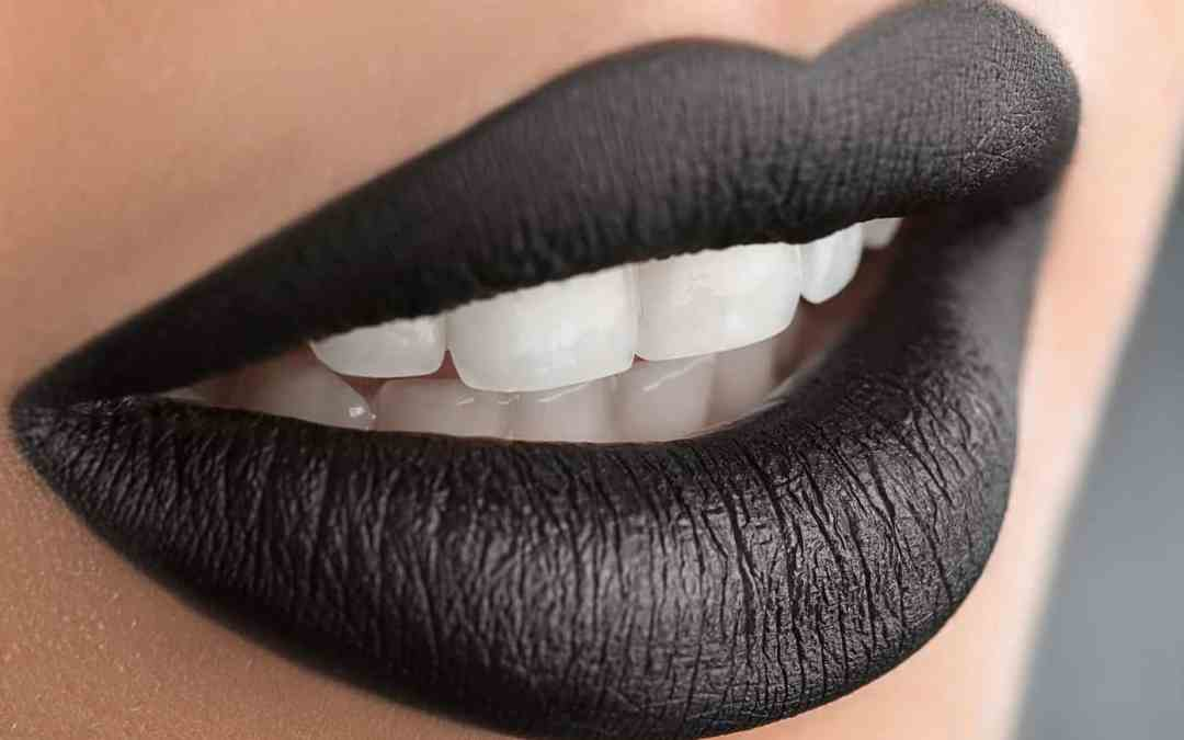 Activated Charcoal: The Natural Way to Whiten Your Teeth - Thermography,  Health, and Wellness with Victoria Bailey CCT, CNHP, LDHS