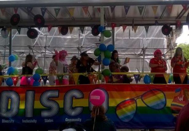 pride15disco