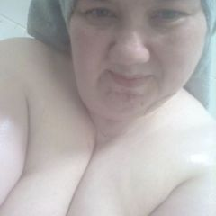 Wet Goddess #SinfulSunday