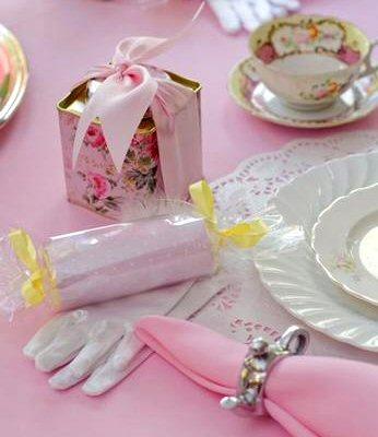 Tea & Coffee  - How To Host Afternoon Tea (4/6)