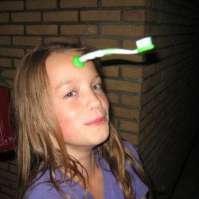 Vera is haar tandenborstel kwijt