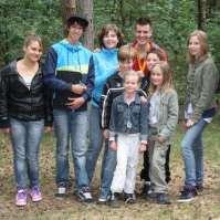 Speurtocht in het bos bij het vennetje