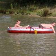 Thijs en Donovan hebben een boot geregeld