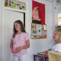 Koffers inleveren: Robin en Jessie