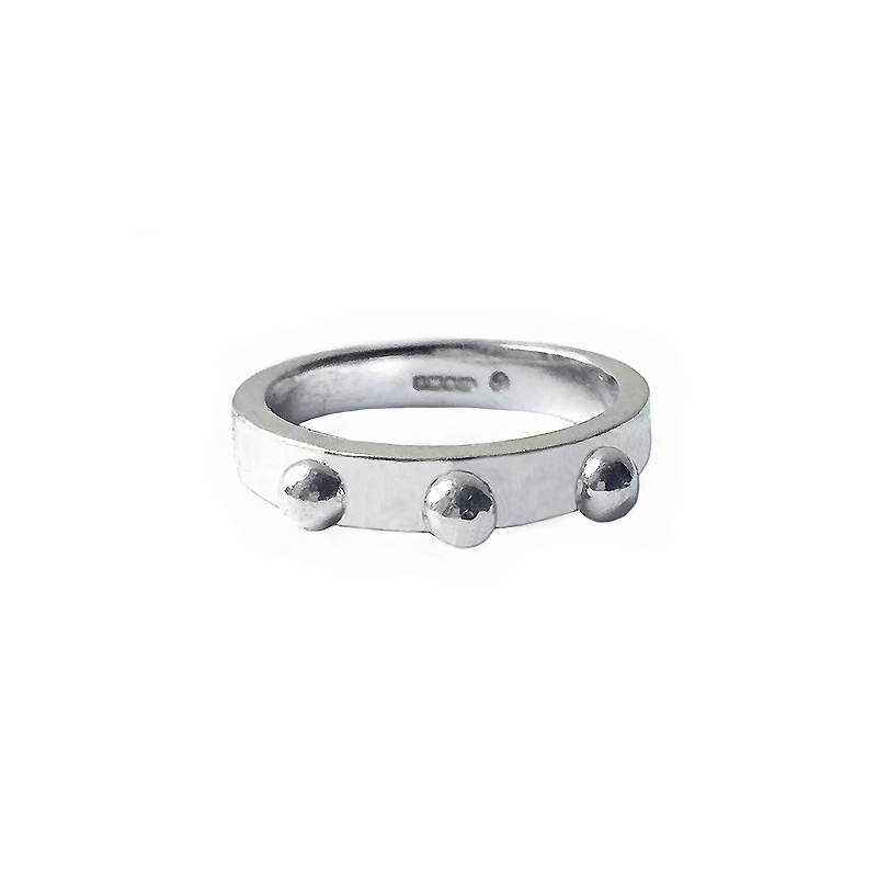 BLACKBERRY-SILVER-RING
