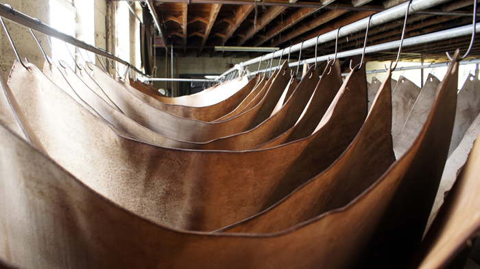 veg tanned leather tannery