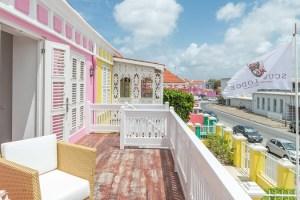 Standard Room - Streetview - Scuba Lodge Curacao (2)