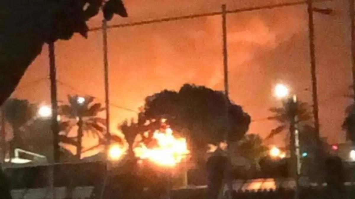 Photo of السيطرة على حريقين في معملين تابعين لشركة أرامكو السعودية