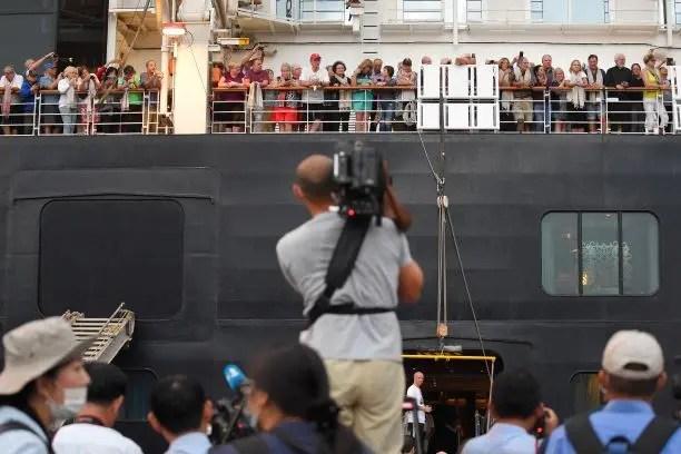 ركاب سفينة إم.إس ويستردام قبالة كمبوديا (فرانس برس)