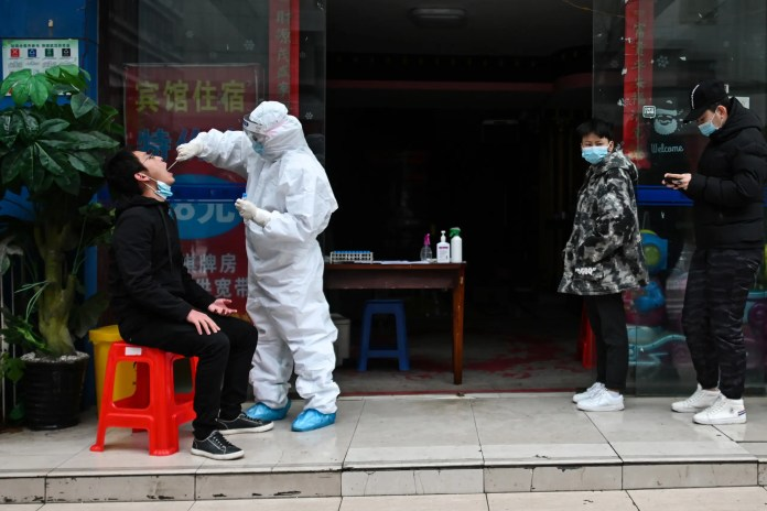 From Wuhan, China, where the first cases of the emerging virus appeared (archive - AFP)