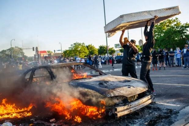 احتجاجات وشغب في مينيابوليس - أرشيفية من فرانس برس