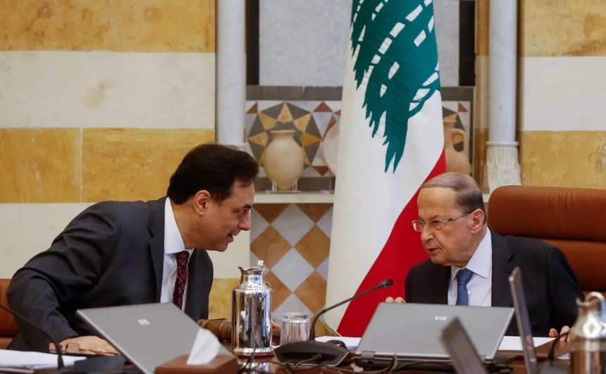 Lebanon's Prime Minister Hassan Diab speaks with Lebanon's President Michel Aoun during a cabinet meeting at the presidential palace in Baabda, Lebanon February 6, 2020. (File photo: Reuters)