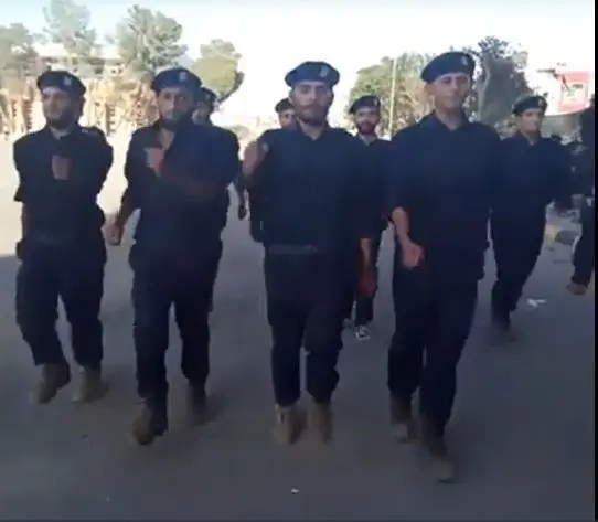 مرتزقة سوريون بزي الأمن الليبي