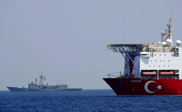 سفينة تنقيب تركية قبالة قبرص في شرق المتوسط