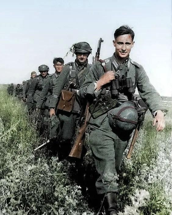 جانب من القوات الألمانية داخل الأراضي السوفيتية