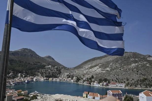 من جزيرة كاستيلوريزو اليونانية قبالة الساحل الجنوبي التركي - فرانس برس