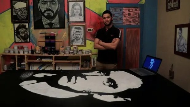 Egyptian artist Hany Genedy crafts pictures with salt   Al Arabiya English