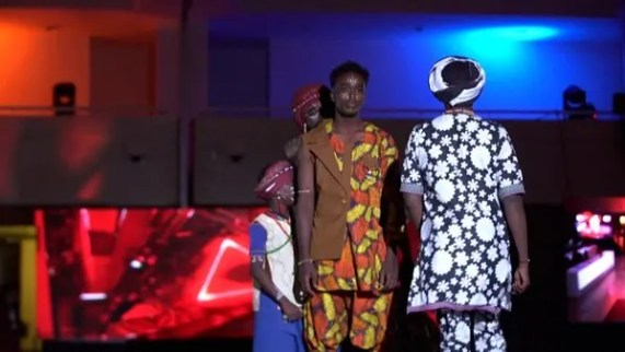 Sudan's Khartoum holds first unisex fashion shows after Omar al-Bashir  ouster | Al Arabiya English