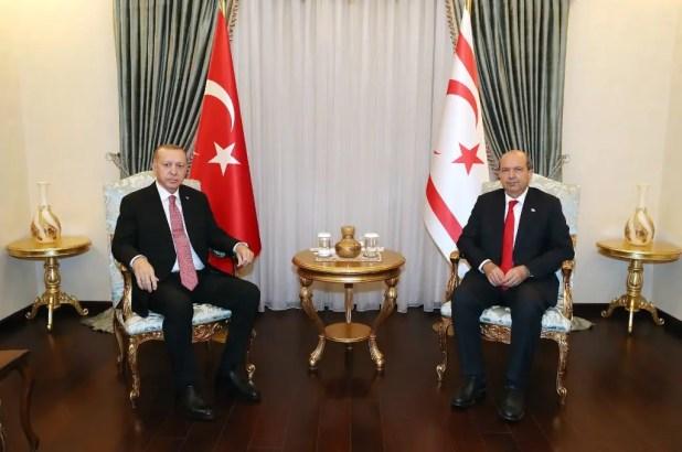 رجب طيب أردوغان ورئيس جمهورية شمال قبرص التركية أرسين تتار - فرانس برس
