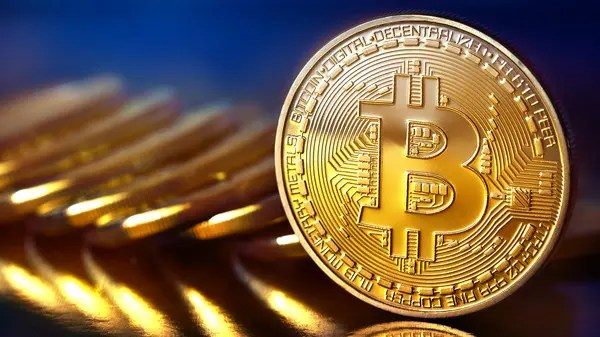 Bitcoin near 55 thousand dollars ... and its market value exceeds one  trillion dollars - World Today News