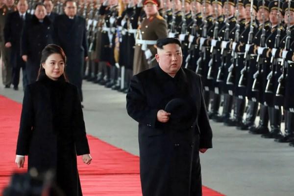 الزعيم الكوري الشمالي وزوجته ري سول جو