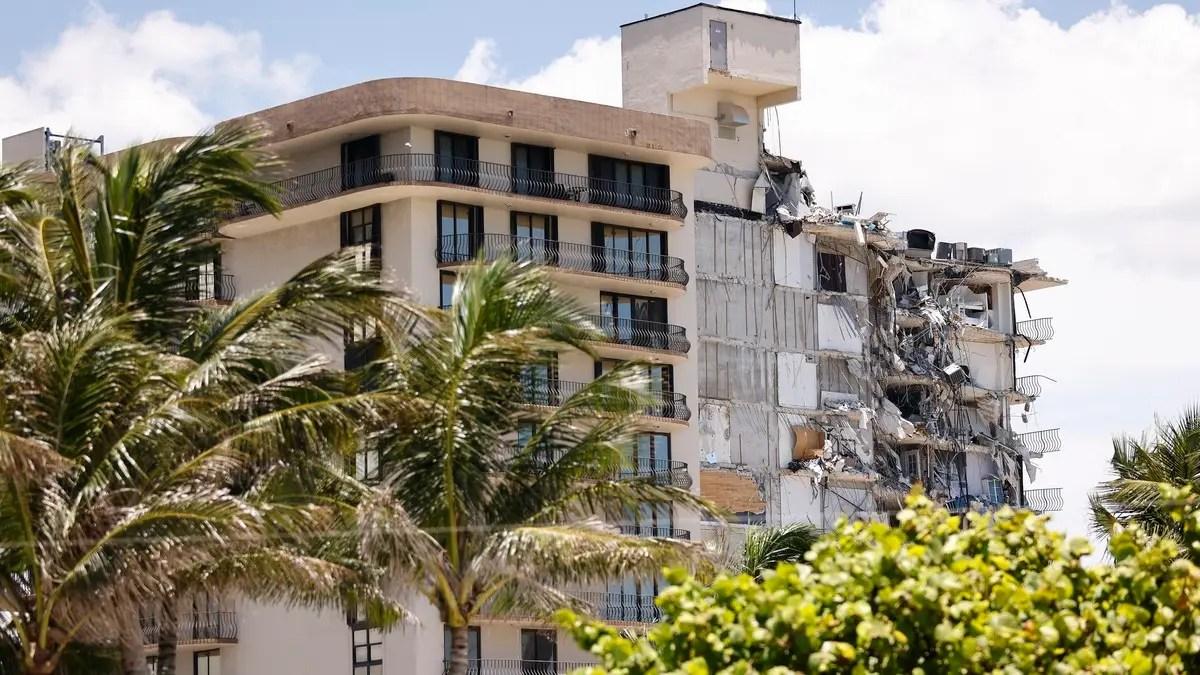 بعد شهر من انهيار مبنى Florida Surfside ، أوشكت مهمة الإنقاذ على الانتهاء