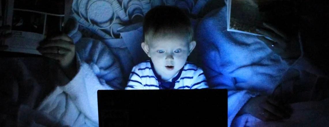 La infancia e internet: Entre la protección y la participación