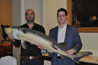 Guillermo Lopez y David Montalban en el Hotel Palace