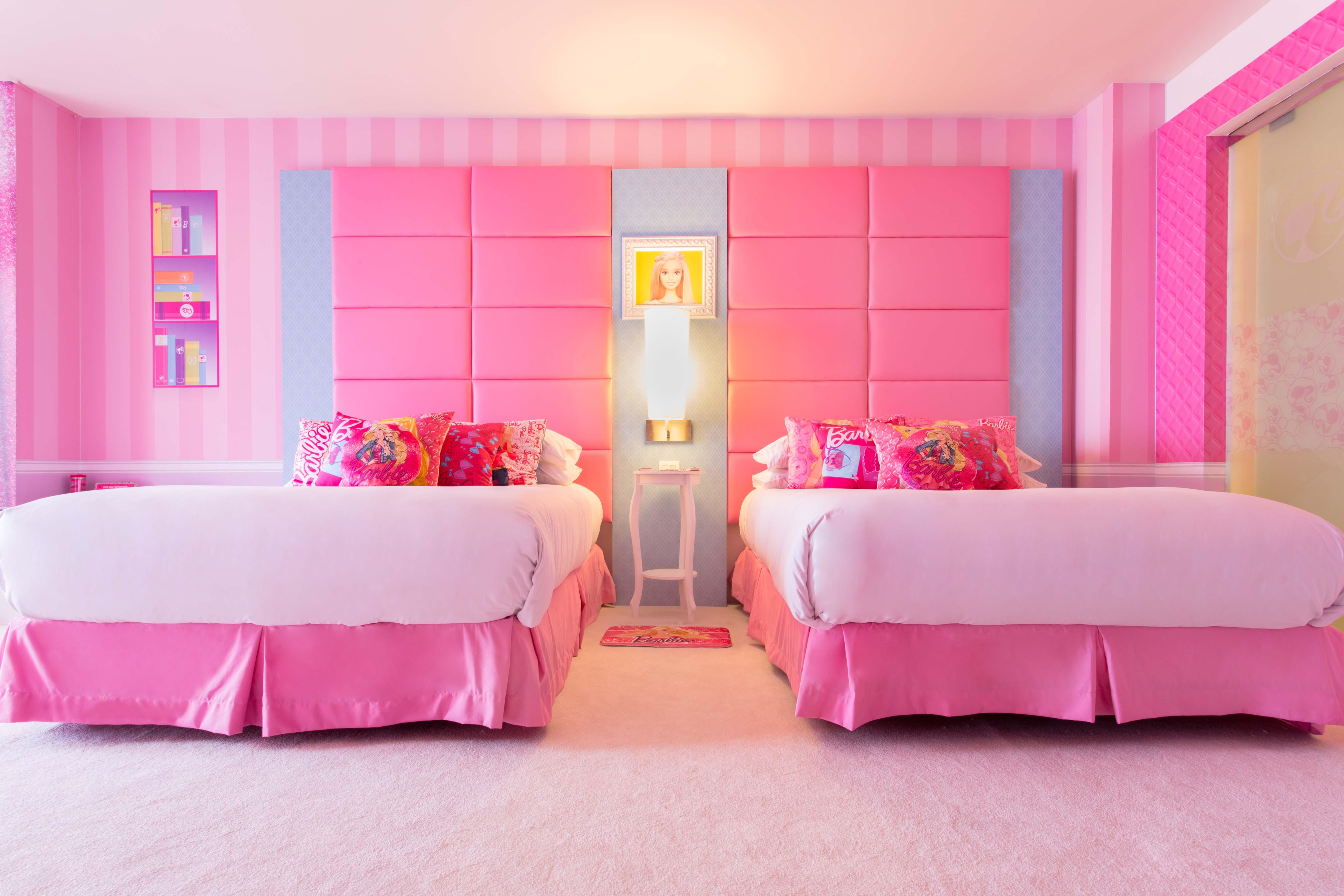 El cuarto rosa de Barbie