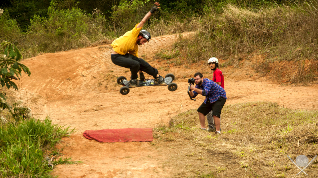 Mountainboard salto