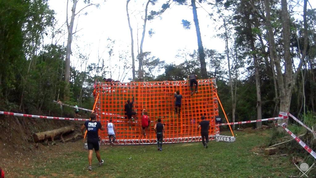 corrida spartan race - vertical cargo