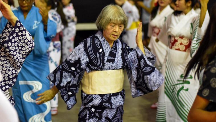 bon-odori-1_Rio-matsuri-2019_Cultura-japonesa_Vida-de-Tsuge_VDT