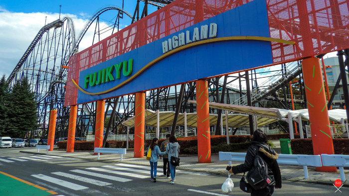fuji-q-highland_1_parques-de-diversoes-no-japao_viagem-pro-japao_vida-de-tsuge_vdt