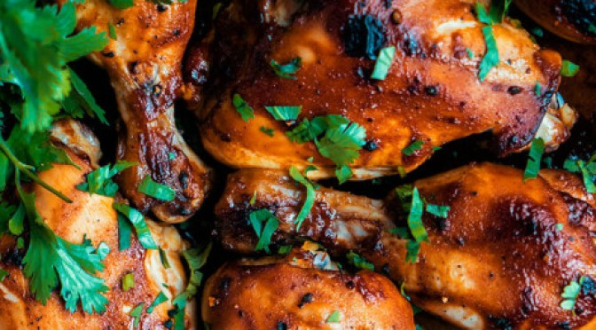 Receita Paleo- Frango assado no forno com molho de churrasco.