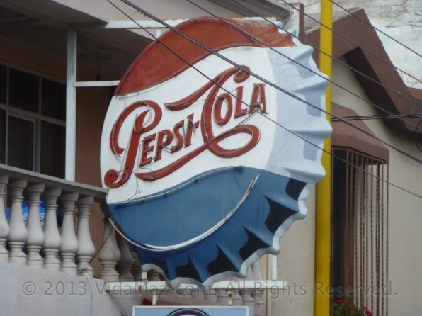 A great old neon down the street from Zorrita.
