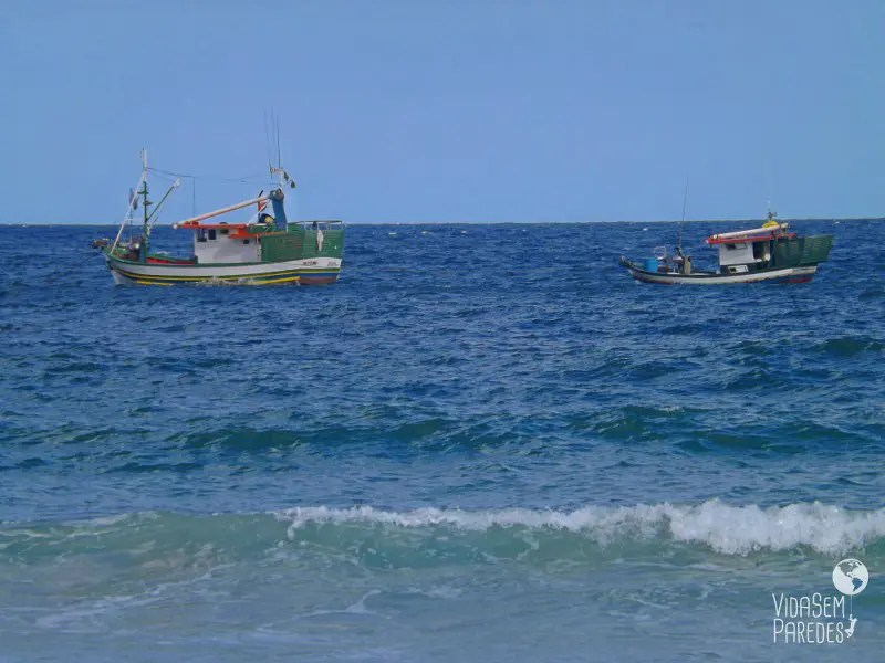 Embarcações na Praia do Sono - Trindade