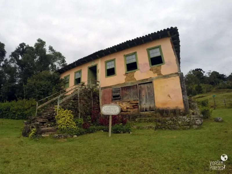 destinos místicos no Brasil: Vale do Matutu
