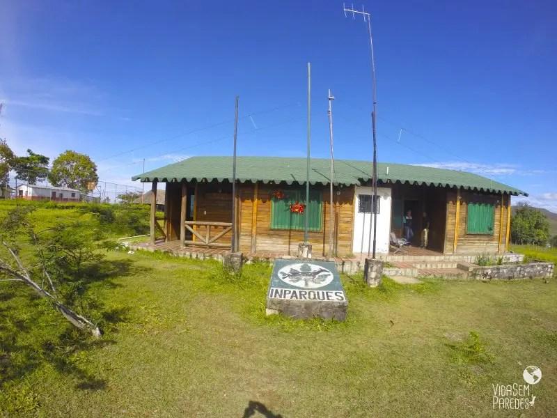 Como contratar o trekking no Monte Roraima com guias
