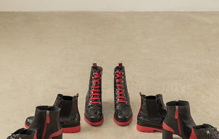 Dale un plus de estilo a tus looks con el calzado de piso rojo de Dansi