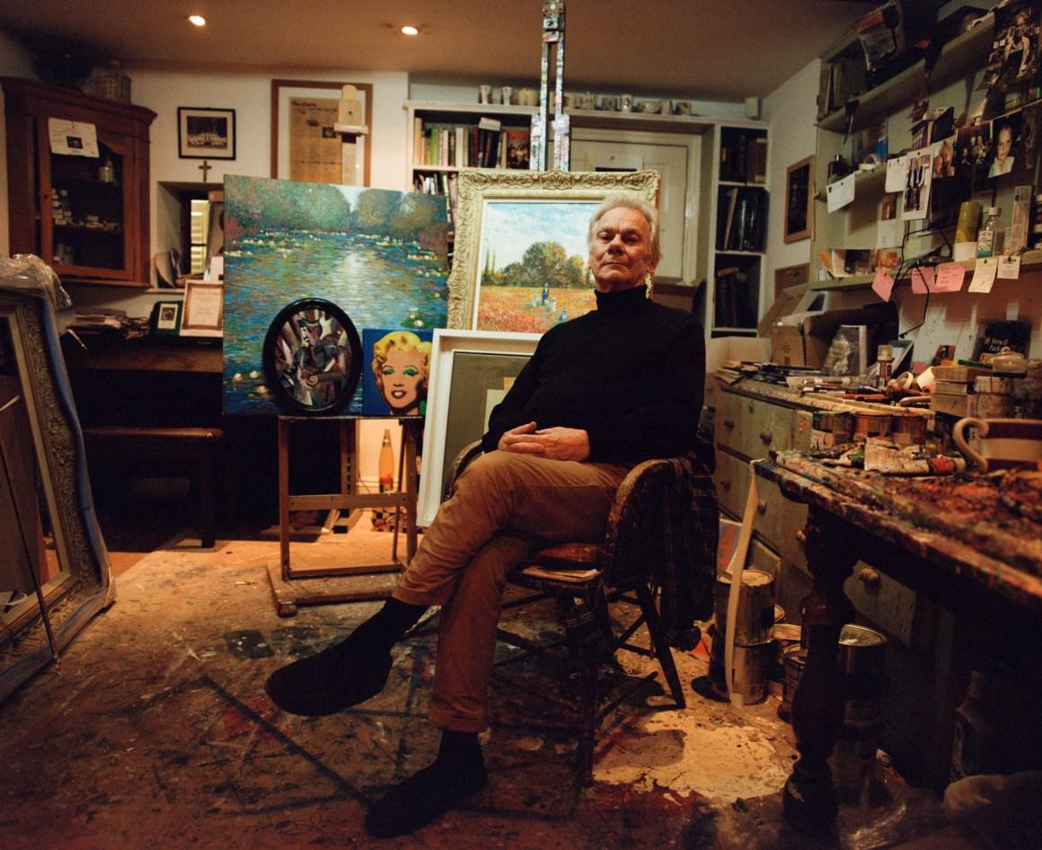 John Myatt en su estudio en Londres   Foto de Wendy Huynh