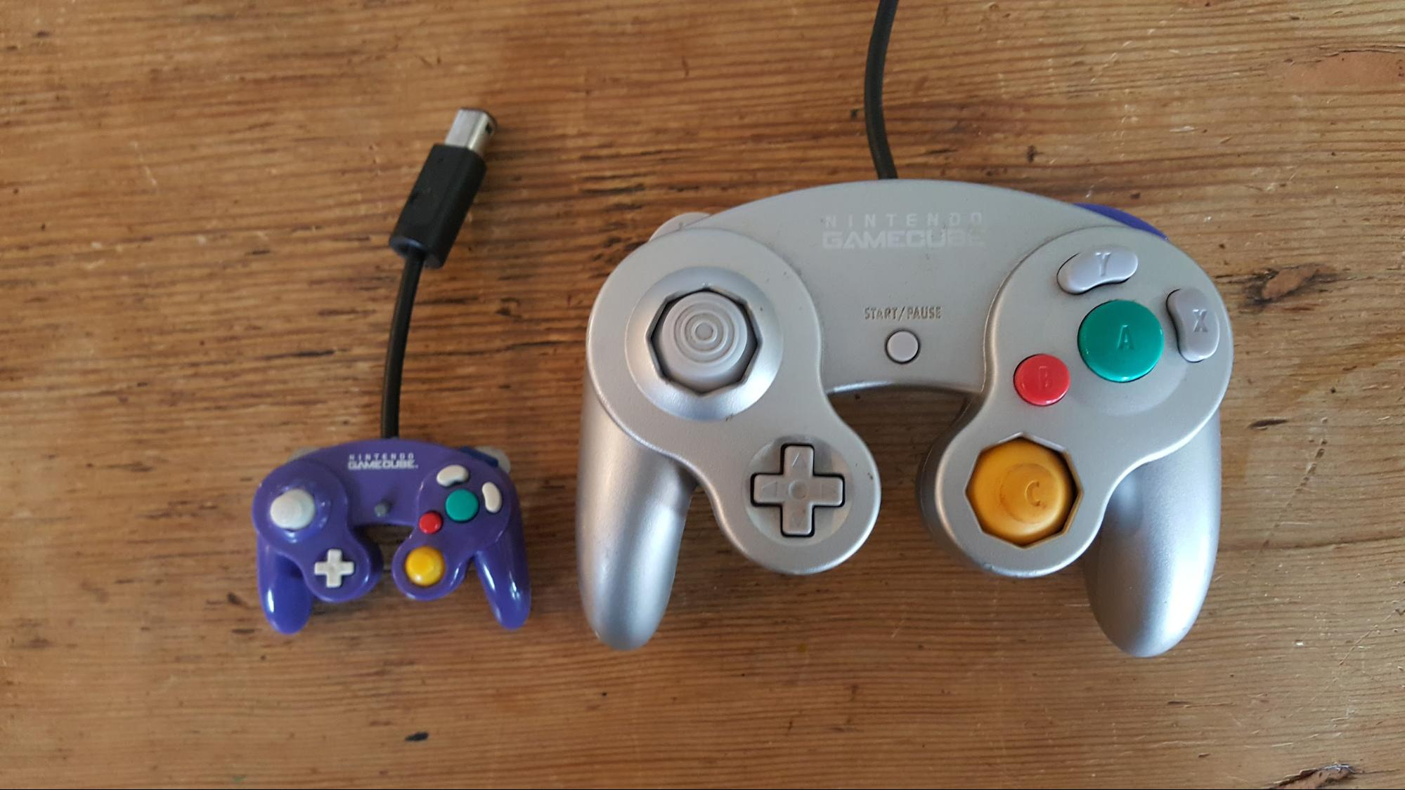 Look At This Tiny GameCube Controller Motherboard