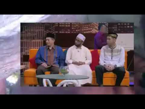 ماذا قال الإمام الذي أكمل صلاته أثناء زلزال إندونيسيا .. والكشف عن جنسيته!