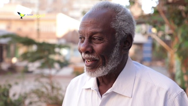 العم آدم وأسراب الحمام في الخرطوم: لقاء يومي على مدى 45 عاماً