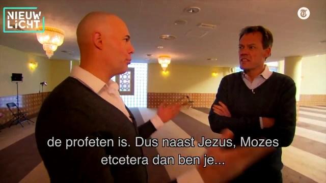 هولندي متطرف يعتنق الإسلام بعدما كان من أشد معارضي الديانة الإسلامية في بلاده !