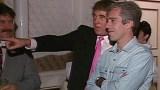 """شاهد فيديو مسرب لـ """"ترامب"""" و صديقه المتهم باستغلال القاصرات جنسياً في حفل راقص مع فتيات عام 1992"""