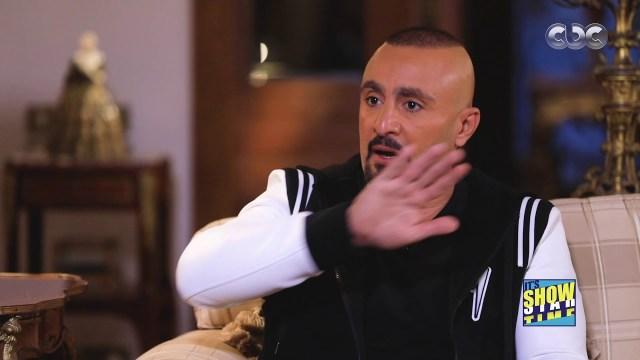 """أحمد السقا يعترف باقتحام شقة مغرد هاجمه على """"إنستغرام"""""""