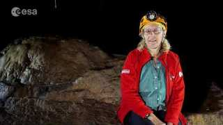 Why CAVES ? Astrobiology