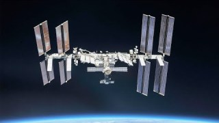 Marking 20 Years of Humans Aboard the Space Station on This Week @NASA – November 6, 2020