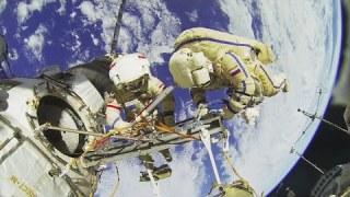 Becommentarieerde 3D-tour van het internationale ruimtestation ISS